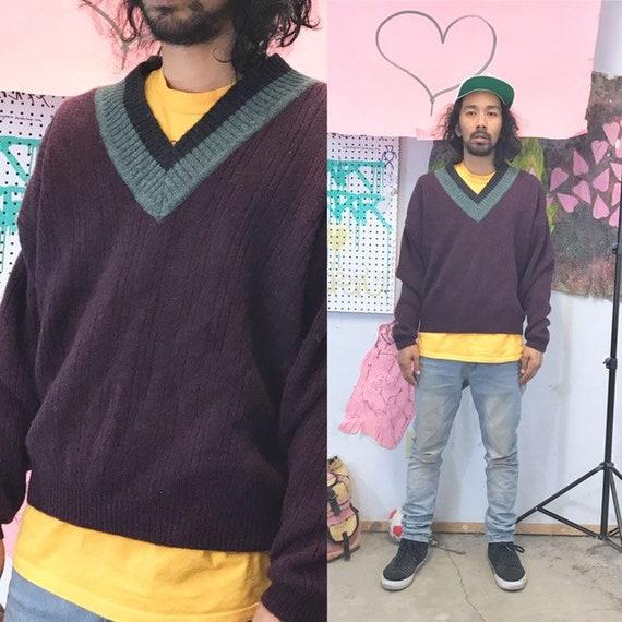 Wool vneck sweater the gap size medium large 1990s 1980s purple burgundy