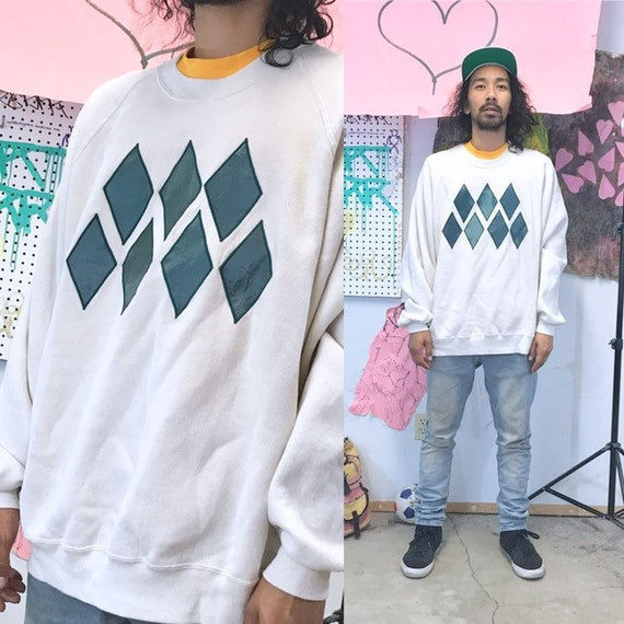 Vintage sweatshirt oversized 2XL white sweater patches hand made green white