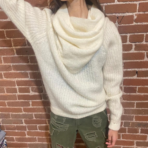 Vintage mohair knit sweater cream tan 1990s 1980s - image 3