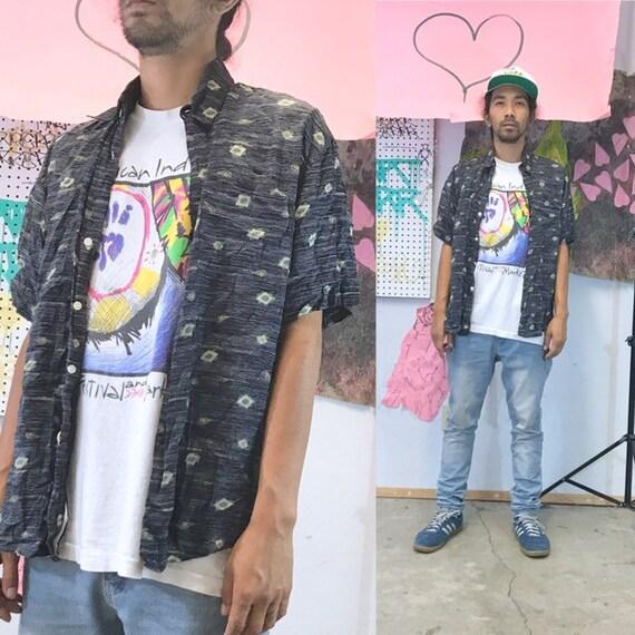 Vintage all over print shirt loud print rayon black medium 1990s 1980s