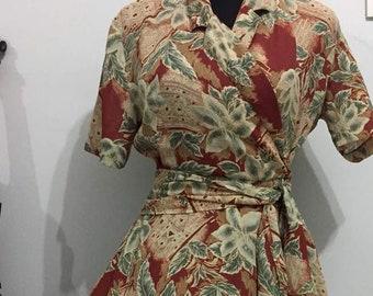 Lovely Wrap 1980s Vintage Dress // Size S