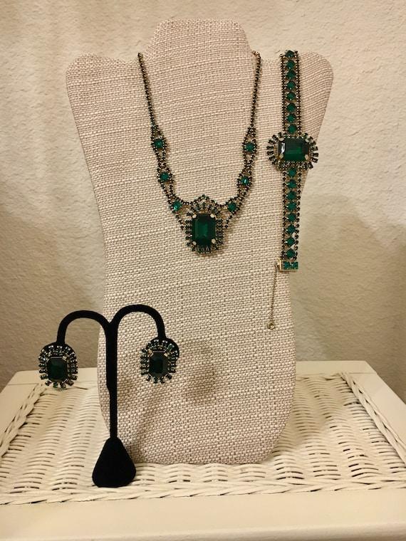 Designer Emerald Jewelry set - vintage emerald 3 p