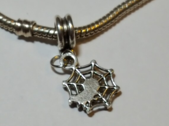 1 x Spider Tibetan Silver Clip On Charm Pendant Pumpkin Dangle Halloween
