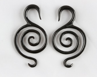 Plugs and Tunnels Tribal Maze Design Horn Plugs 3mm-5mm Sizes Saddle Ear Plug Organic Gauges Price per piece only