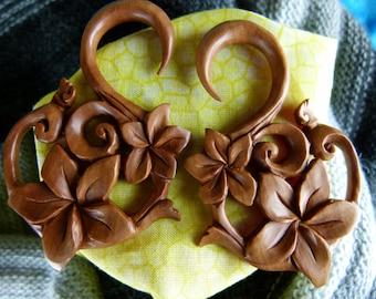 6mm Sacred Flower Wood Earrings -  2g / 6 mm Stretching Earrings -  2 gauge Hand Carved Wooden Flower Plug Earrings -A035