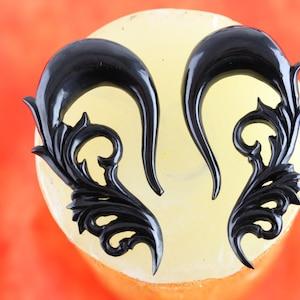 Caved Horn fake stretch ear plugs Fake Gauged Plugs Horn Hanging Earrings Fake Gauge Fake Stretched ears fake stretching ear *B039