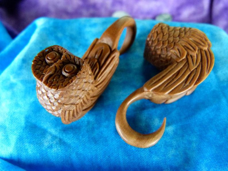 Owl Earring Stretchers 5mm 4 Gauge 5 mm Wood Stretch Ear Owl Tapers Owl Wood Earring Plugs Stretch your ears *A023