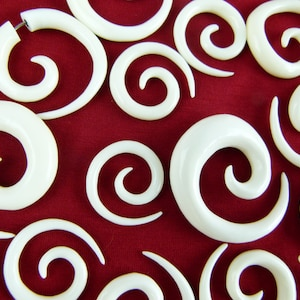 Stylish plugs one pair 3mm-18mm one pair spiral plug gauge stretching spiral earring Stretch your ears Wood spiral plugs