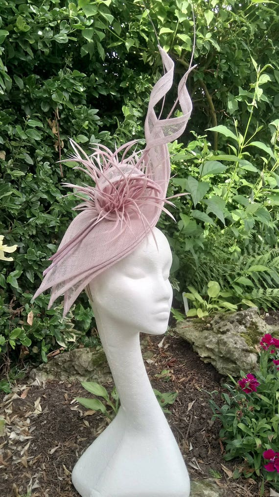 Kentucky Derby,Royal Ascot Fascinator,Lilac Mother of the Bride Lilac Fascinator.Pink Hatinator,Wedding Hat Ladies Day Made to order