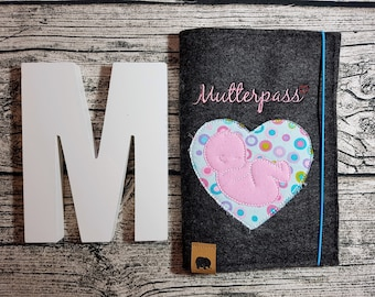 Mother Pass Sleeve mother Passport sleeve Soon mommy soon Mama baby bump Mama Pregnancy by name Personalisert embroidered pregnant baby felt