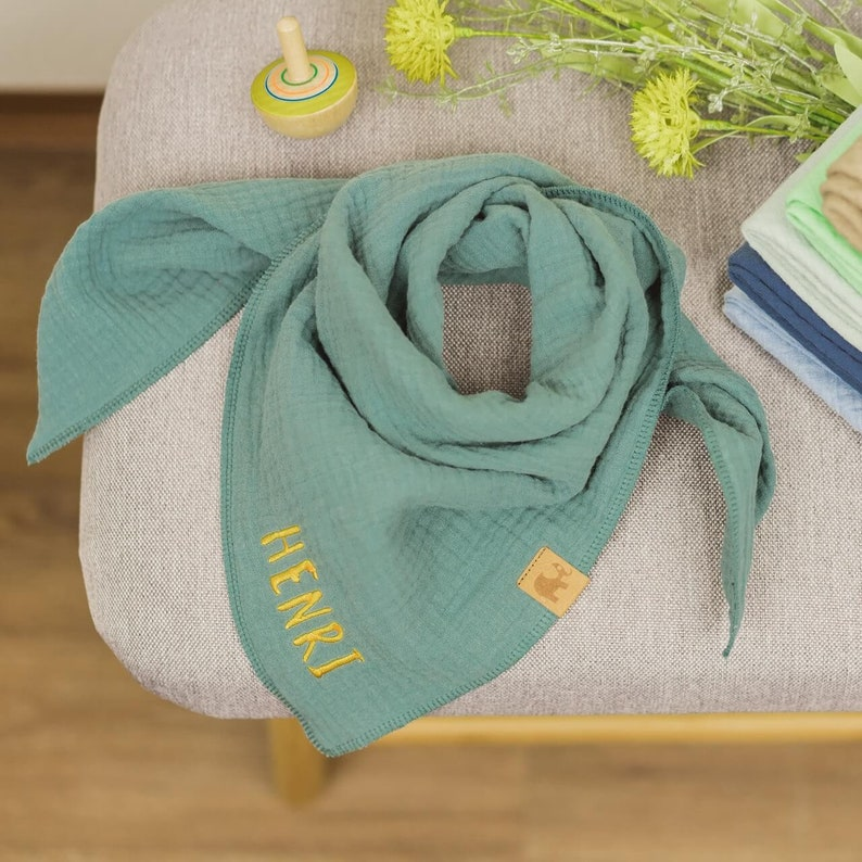 Free color choice triangle scarf embroidered with name muslin cloth spitting scarf scarf muslinate scarf baby scarf children/'s scarf hipster hipster scarf