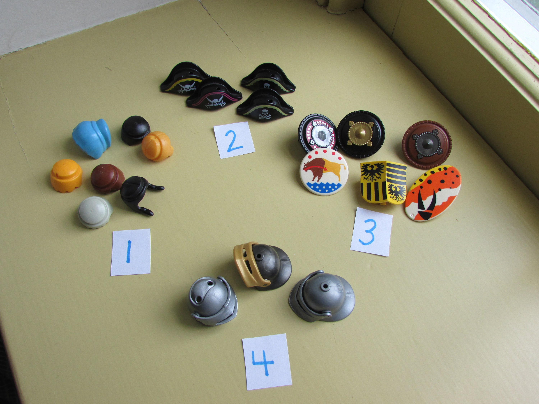 2 northern hats playmobil nine