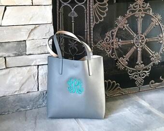 Monogrammed Bucket Style Tote / Handbag/ Bridesmaid Gift/ MORE NEW COLORS---