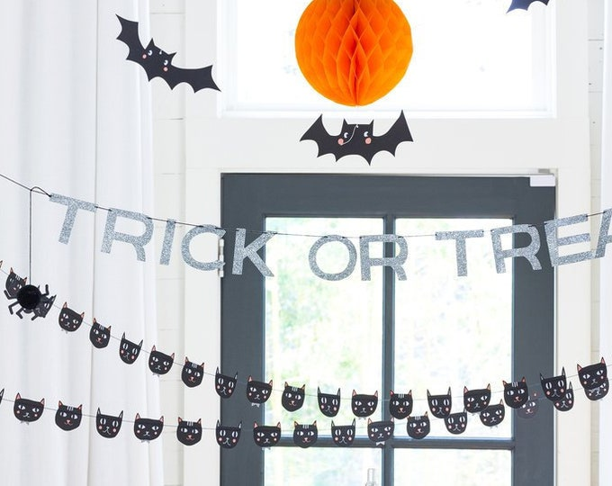 Halloween Decorations, Halloween Banner, Trick or Treat Halloween Garland, Halloween Spider Decor