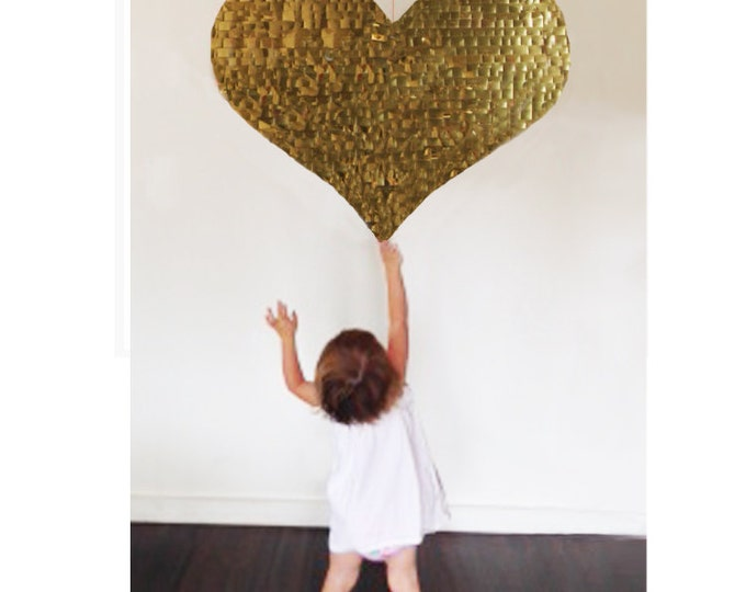 Heart Piñata, Heart Shaped Piñata, Rose Gold Heart Pinata, Gold Heart Pinata, Wedding Piñata, Baby Shower Piñata, Engagement Piñata