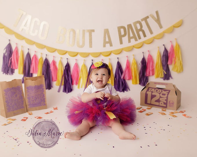 Taco Bout A Party tissue tassel garland, Taco Party decor, Taco Bell party, tissue paper tassel, tassel garland, taco theme party