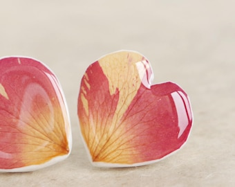 Heart Earrings With Real Rose Petals, Heart Earrings, Rose Stud Earrings, Real Flower Earrings, Preserved Flower Jewelry, Flower Jewelry,
