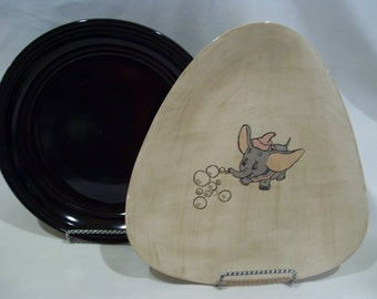 Dumbo Triangle Shaped Plate,Handmade Glazed Plate,Dumbo with Bubbles,Disney Plate,Flying Dumbo
