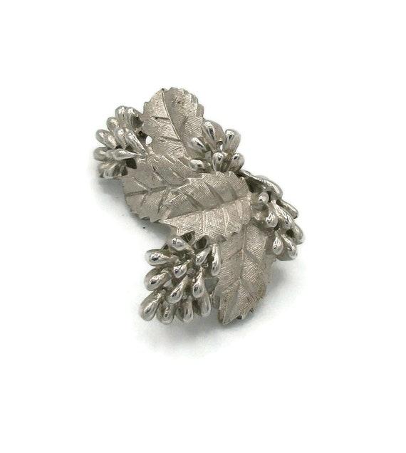 Silver Clip Earrings Rhinestone  Twiggy Style Design 1970s Designer Mod Hippie Signed Runway Estate Runway Classic Vintage Costume Jewelry