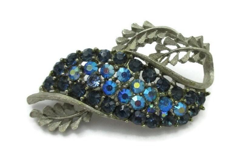 BSK Blue Aurora Borealis Rhinestone Silver Pin Brooch Paired Rhinestone Screw Back Earrings Bridal Demi Parure Estate  Vintage Scarf Shawl