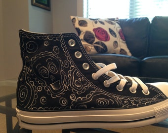 Painted Skull Converse