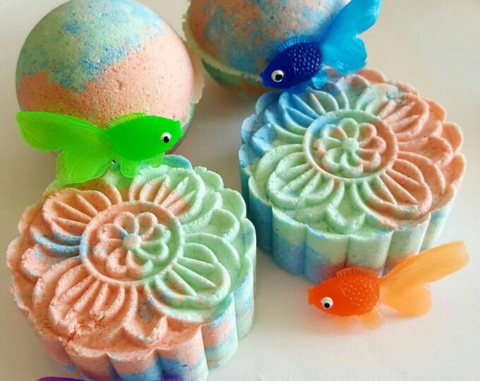 Tropical Fish Toy Bath Bombs