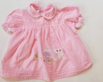 Vintage baby dress. Approx size 6-12 months