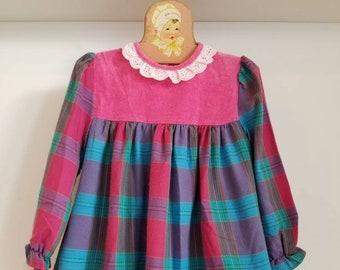 Vintage tartan toddler dress. Approx size 2