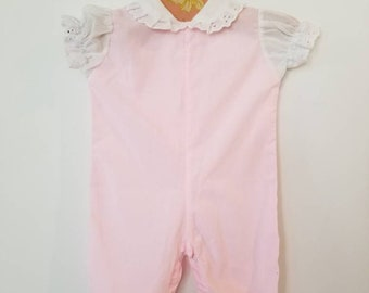 Vintage baby romper. Approx size 0-4 months