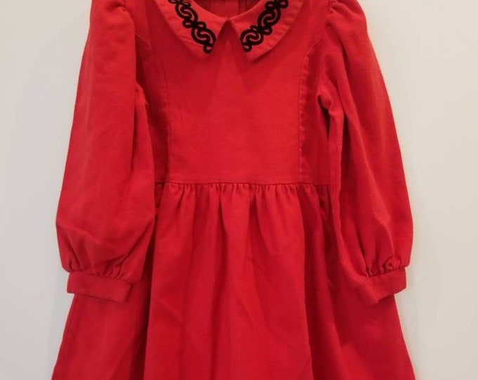 Featured listing image: Vintage children's dress. Approx size 3/4