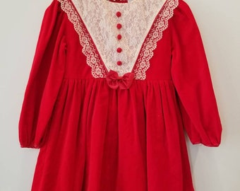 Vintage velvet dress. Approx size 5