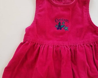 Vintage berry coloured Oshkosh corduroy jumper dress. Approx size 3X/4