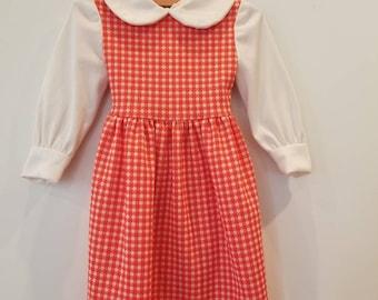 Vintage toddler dress. Polyester.