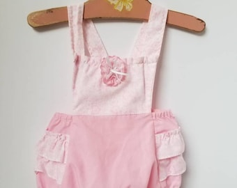 Vintage Mini Togs ruffled bottom romper. Approx size 6-12 months As Is