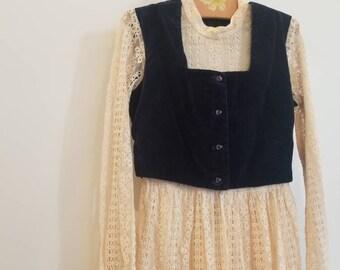 Vintage lace maxi dress with velvet vest. Approx size 5