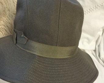 9ad8b4db893 Ysl grey bucket hat