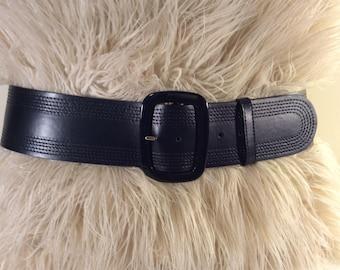 Vintage Escada black leather belt