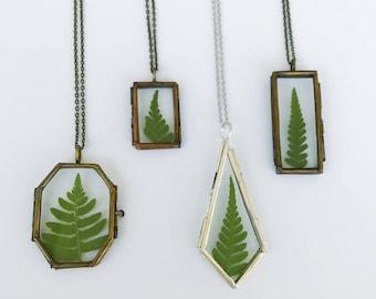 SALE // Forest Fern Glass Locket Necklace // Fern Locket // Fern Necklace // Terrarium Necklace // Real Fern Locket