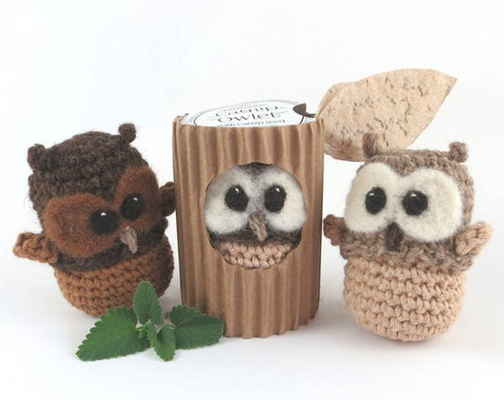 Refillable Catnip Toy Owlet, Crocheted Cat Toy with Catnip Seed Paper