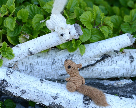 Catnip Squirrel Cat Toy Crochet Cotton with Alpaca Fluffy Tail