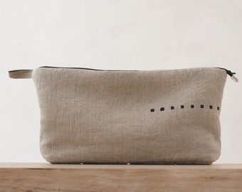 Natural linen toiletry bag – makeup cosmetic bag for women - cute gift for makeup artist – beige / gray – Linenspace | 0094