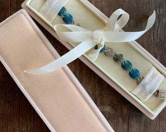 Velvet Bracelet Box, Vintage Velvet Bracelet Box, Bracelet Box, Wristlet Box, Watch Box, Handmade Bracelet Box,