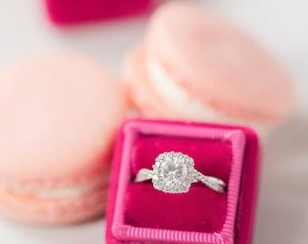 Tulip Ring Box, Red Ring Box, Velvet Ring Box, Ring Storage, Gifts for the Bride, Wedding Gift, Bridal Gift