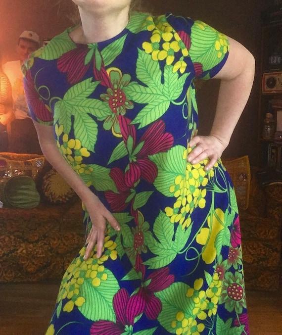 Vintage 60s Floral Maxi Dress / Vintage Flower Pow