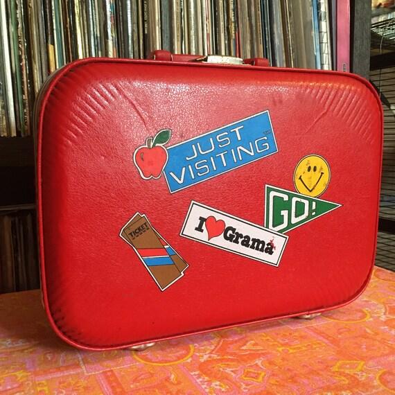 Vintage 70s Red Vinyl Suitcase / Vintage 70s Red G