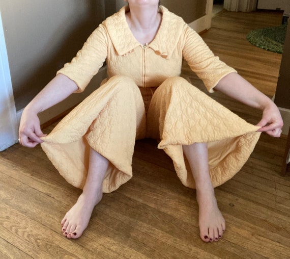 Vintage 60s Quilted Robe PANTS! / Vintage Yellow Q