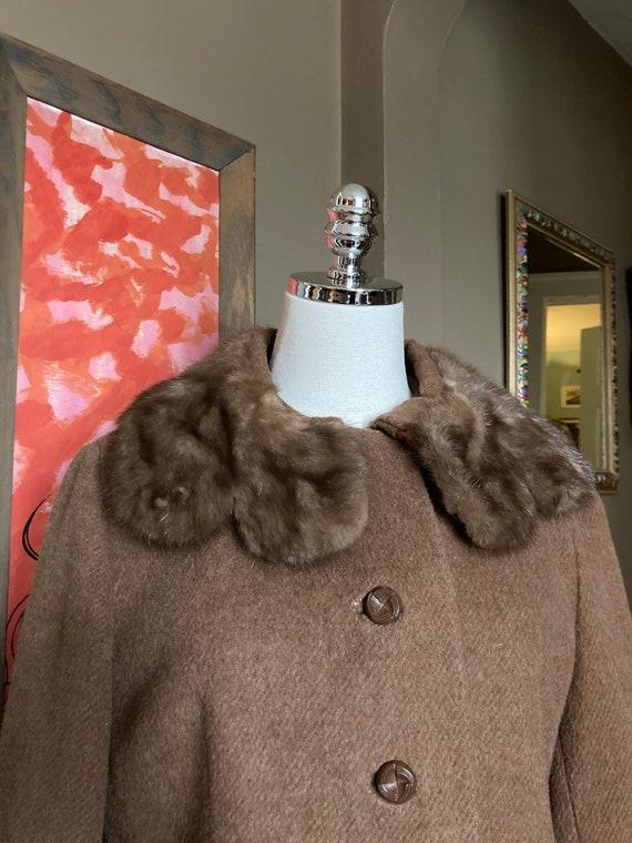 Vintage 60s Brown Fur Collar Wool Coat / Vintage B
