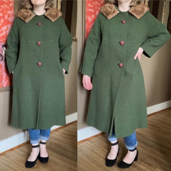 Vintage 60s Green Fur Collar Wool Coat / Vintage G