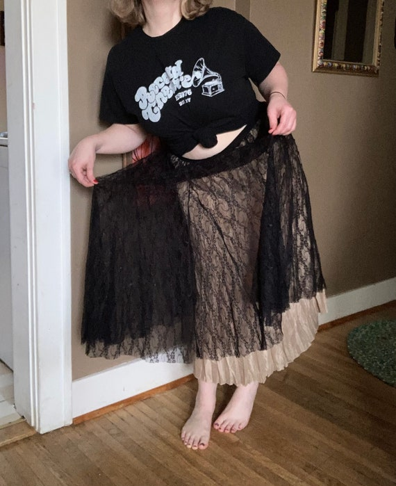 Vintage 90s Cream & Black Lace Laura Ashley Skirt… - image 4