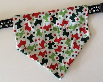 Christmas, No-Tie, Slip Over Collar Dog Bandana, red and green Christmas scotties design (collar not included)